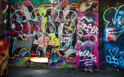Background – Graffiti H